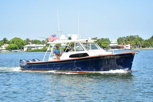 Used Marlow Prowler 375 Havana Center Console Fishing Boat For Sale