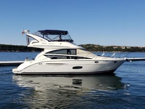 Used Meridian 391 Sedan Motor Yacht For Sale