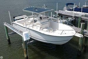 Used Sea Boss 255 CC Center Console Fishing Boat For Sale