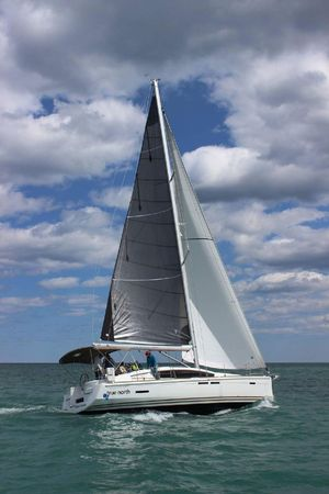 Used Jeanneau Sun Odyssey DS Cruiser Sailboat For Sale
