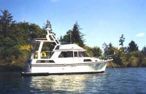 Used Nova Sundeck Motoryacht Motor Yacht For Sale