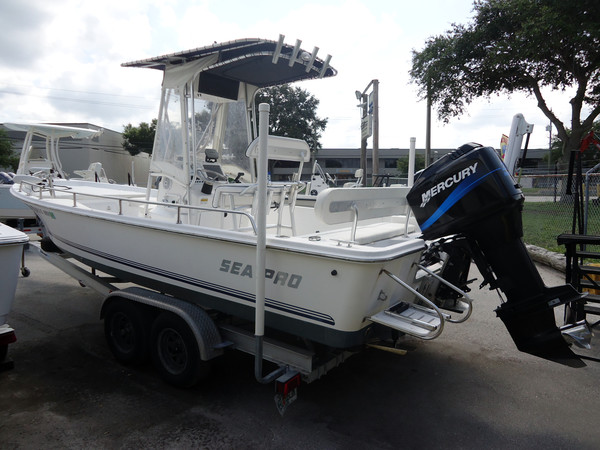 Used Sea Pro SV2300 Bay Boat For Sale