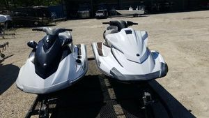 Used Yamaha Waverunner VX Cruiser High Performance Boat For Sale
