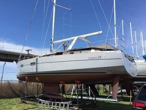 Used Beneteau 38 Cruiser Sailboat For Sale