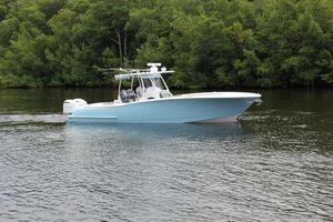 Used Mag Bay 33 Center Console Center Console Fishing Boat For Sale