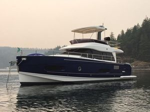 Used Azimut Magellano 43 Motor Yacht For Sale