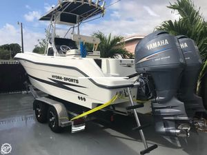 Used Hydra-Sports 2300 CC Center Console Fishing Boat For Sale