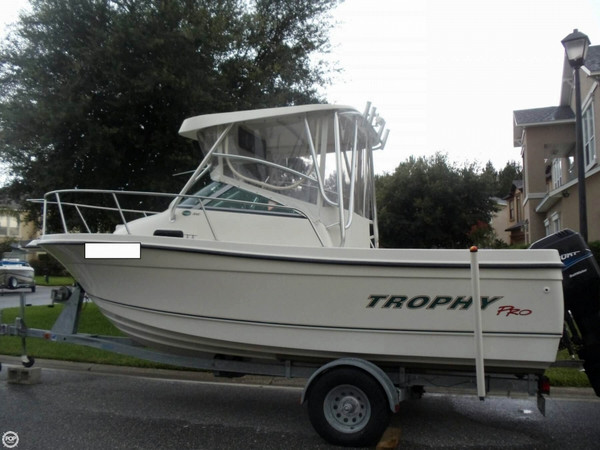 Used Trophy Pro 2002 FF Cruiser Boat For Sale
