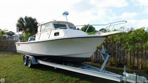 Used Parker Marine 2520MV Sport Cabin Pilothouse Boat For Sale