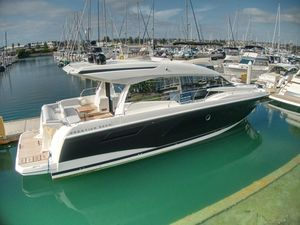 New Prestige 520 S520 S Flybridge Boat For Sale