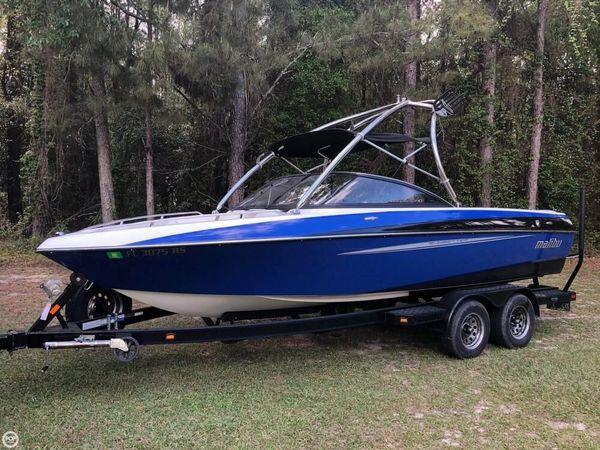 Used Malibu Sunsetter LXI Ski and Wakeboard Boat For Sale
