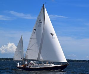 Used Hinckley Bermuda 40 Mark II Yawl Sailboat For Sale
