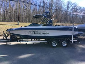 Used Nautique 226 TEAM EDITION226 TEAM EDITION Ski and Wakeboard Boat For Sale