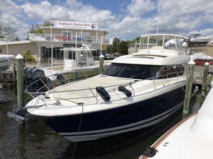Used Prestige 620 S Motor Yacht For Sale