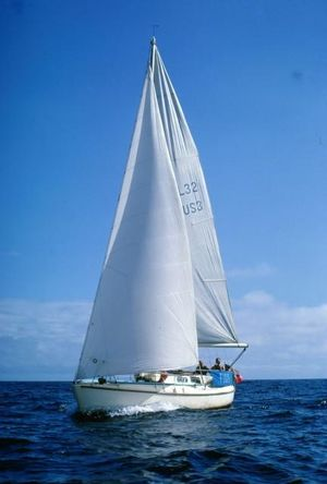 Used Laurin 32 Racer and Cruiser Sailboat For Sale