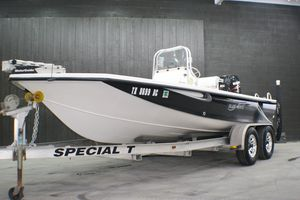 Used Blue Wave 1900STL Center Console Fishing Boat For Sale