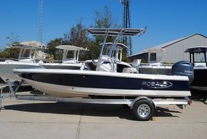 New Robalo 206 Cayman Center Console Fishing Boat For Sale