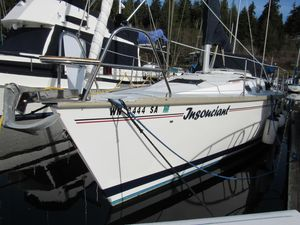 Used Hunter Legend 35.5 Sloop Sailboat For Sale