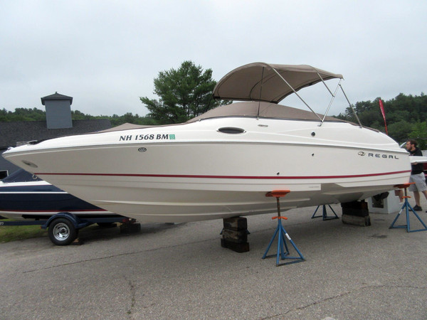 Used Regal 2400 Bowrider 11692 Bowrider Boat For Sale