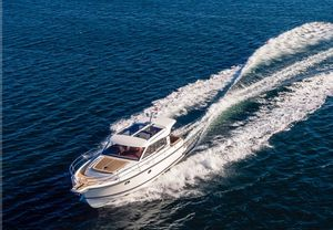 New Nimbus 365 Coupe Express Cruiser Boat For Sale