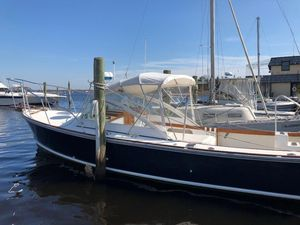Used Dyer 29 Trunk Cabin Saltwater Fishing Boat For Sale