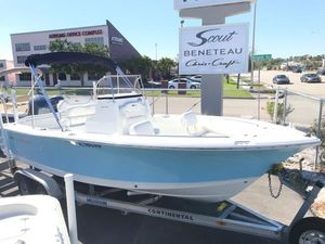 Used Sea Hunt 211 Ultra Center Console Fishing Boat For Sale