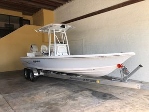 New Blue Wave 2400 Pure Bay Saltwater Fishing Boat For Sale