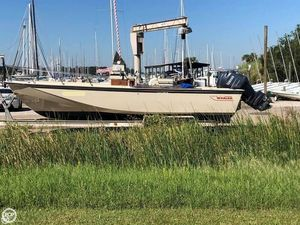 Used Boston Whaler 25 Outrage Center Console Fishing Boat For Sale