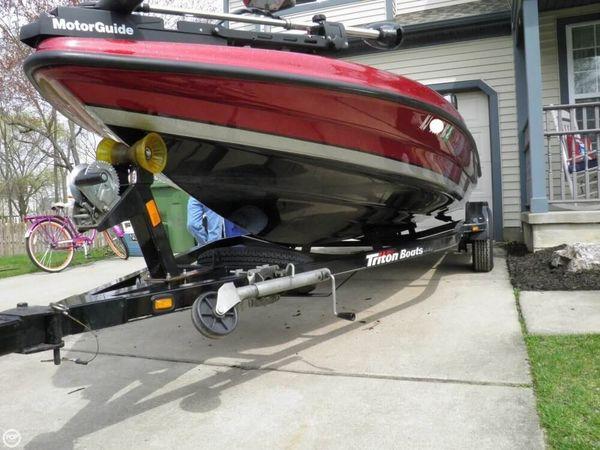 Used Triton 17 Explorer Bass Boat For Sale