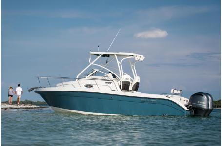 New Century 2600 WA Walkaround Boat For Sale