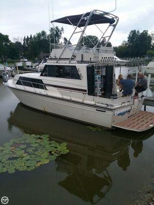 Used Marinette Sedan Flybridge Sports Fishing Boat For Sale