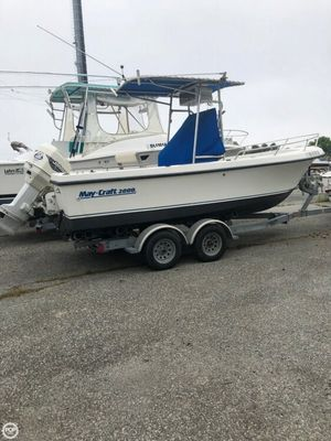 Used Maycraft 2000 CC Center Console Fishing Boat For Sale
