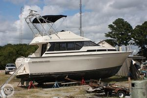 Used Mainship 35 Mediterranean Express Cruiser Boat For Sale