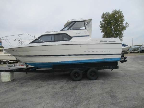 Used Bayliner 2452 Ciera Aft Cabin Boat For Sale