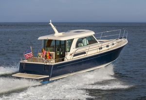 New Sabre 38 Salon Express Cruiser Boat For Sale