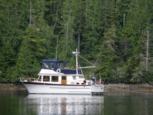 Used Heritage Yachts 42 Trawler Boat For Sale
