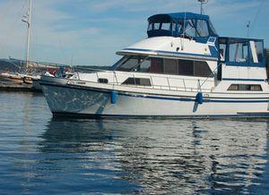Used Golden Star 38 Sundeck Trawler Boat For Sale