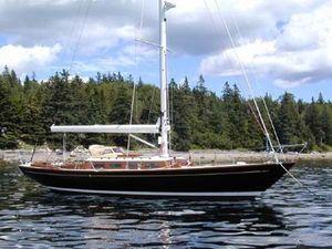 Used Morris M42 Daysailer Sailboat For Sale