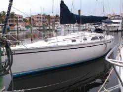 Used Hunter 35 Daysailer Sailboat For Sale