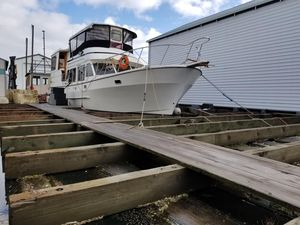 Used Custom Float For Boathouse House Boat For Sale
