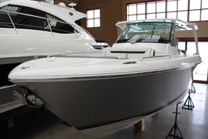 New Tiara Sport 38 LS Sports Cruiser Boat For Sale