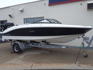 New Sea Ray SPX 210 OB Sports Cruiser Boat For Sale