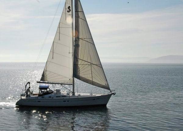 Used Beneteau 423 Sloop Sailboat For Sale