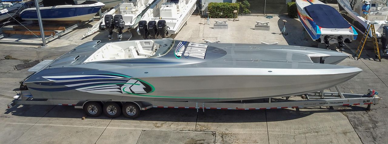 1999 New Skater 46 Tall Deck Cabin High Performance Boat For