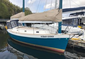 Used Freedom 33 Cat Ketch Cruiser Sailboat For Sale