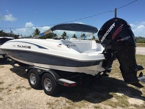 Used Tracker 2150 Tahoe Bowrider Boat For Sale