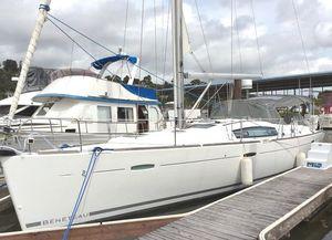 Used Beneteau 43 Cruiser Sailboat For Sale