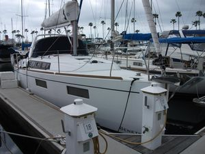 Used Beneteau Oceanis 35.1 Cruiser Sailboat For Sale