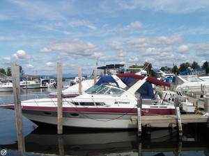 Used Cruisers Yachts 3170 Esprit Express Cruiser Boat For Sale