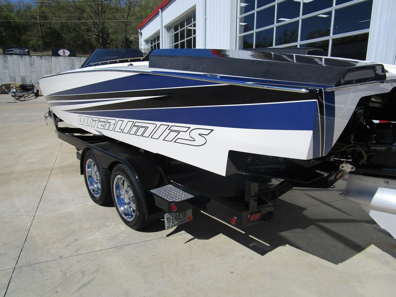 2012 Used Outerlimits SV29 High Performance Boat For Sale
